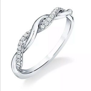 Jewelry - New elegant  infinity 925 silver band ring